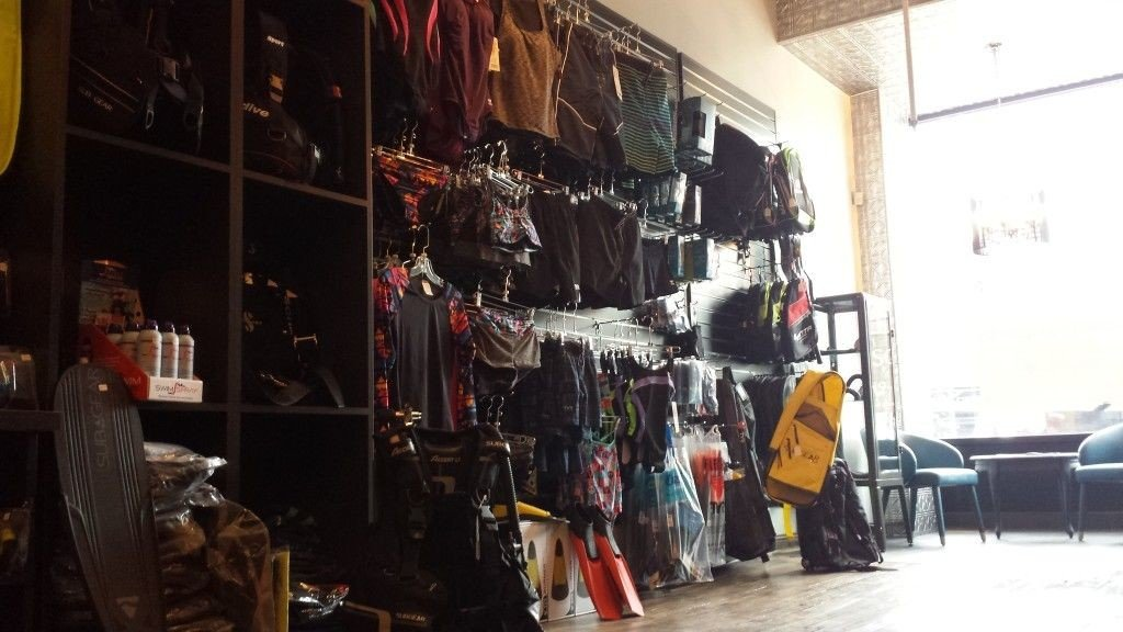 Bob's Scuba Shop Inside